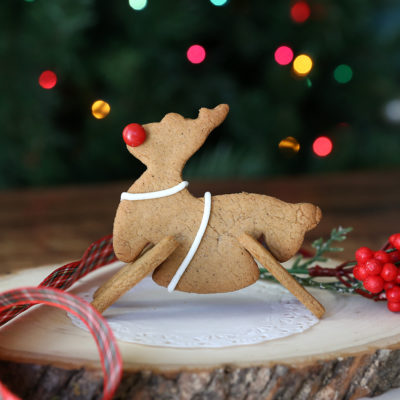 Make adorable 3D gingerbread Christmas cookies!