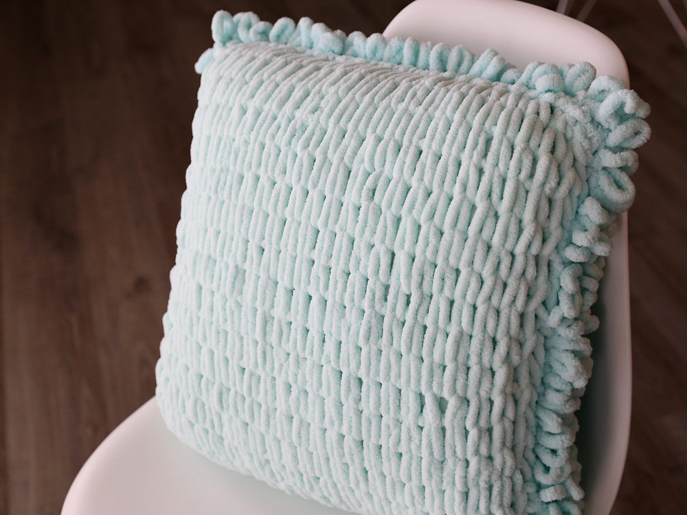 Loopy throw pillow back