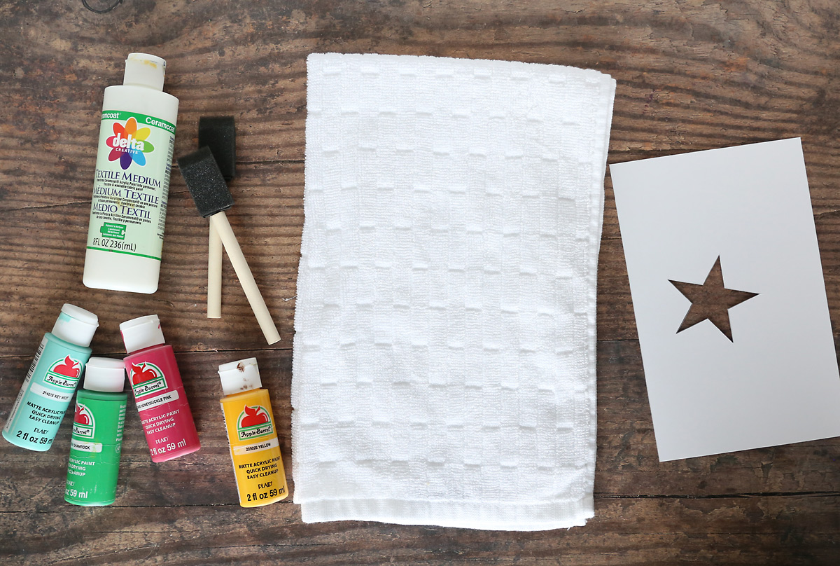 Handprint Christmas tree towel: supplies